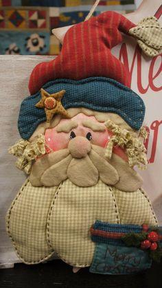 Le plus chaud Instantanés Patchwork navidad Astuces Christmas Sewing, Christmas Snowman, Christmas Time, Christmas Ornaments, Felt Crafts, Holiday Crafts, Fabric Crafts, Patchwork Bags, Country Christmas