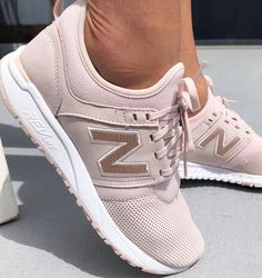 PSA: Get up to 50% off in our end of season sale which includes the super sleek New Balance 247 in Pink Sandstone 💕 Click the link in bio to shop now #stylerunner #stylesquad