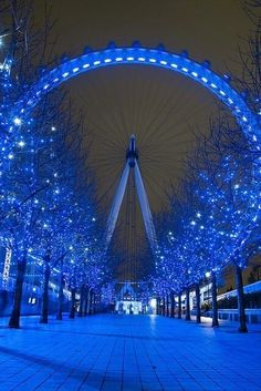 50 The Most Spectacular Sights In Europe – Part 3         Magic London Eye ♥ #bluedivagal, bluedivadesigns.wordpress.com