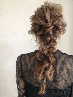 27 Ideas for bridal hairstyles wavy long curly Bride Hairstyles, Pretty Hairstyles, Medium Hair Styles, Curly Hair Styles, Sexy Curls, Mother Of The Bride Hair, Special Occasion Hairstyles, Hair Arrange, Hair Setting