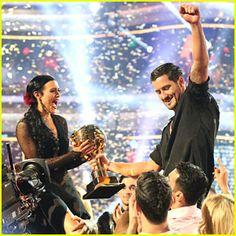 Rumer Willis & Val Chmkerkovskiy Celebrate Winning 'Dancing With ...