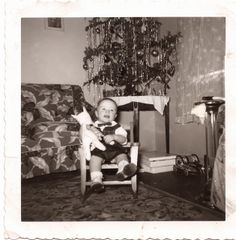 Moments in Time, A Genealogy Blog: Friday's Photo: Family Treasures