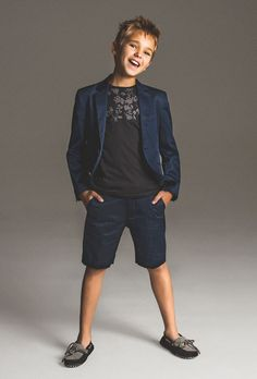 Antony Morato – kids on the runway Little Boy Fashion, Fashion Kids, Shoes Without Socks, Boy Outfits, Fashion Outfits, Antony Morato, Boy Models, Patrizia Pepe, Winter Collection