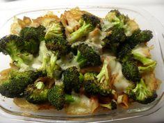 Penneschotel met paprikasaus en broccoli