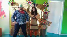 Las teachers de kids&us Miribilla posando en el photocall , que les creamos Las Pakitas