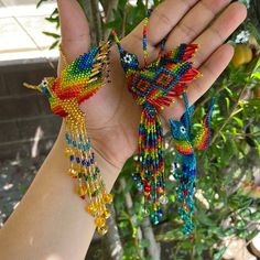 Eileen loved their purchase from BoutiqueLevantar Native Beading Patterns, Seed Bead Patterns, Loom Patterns, Jewelry Patterns, Seed Bead Jewelry, Beaded Jewelry, Native American Beading, Beaded Animals, Brooches Handmade