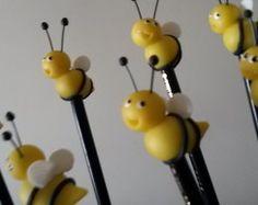 lápis com Ponteiras abelhinhas