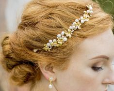 Wedding Hair Combs - Gold Leaf And Freshwater Pearl Headpiece, Gold Vine Wedding Hair Colors, Hair Comb Wedding, Wedding Hairstyles For Medium Hair, Pearl Headpiece, Hair Color Pink, Popular Haircuts, Pink Lips, Hair Videos, Gold Leaf
