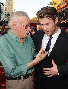 Stan Lee with Thor (Chris Hemsworth). Look at them!