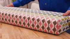 How To Make A Box Cushion In 30 Minutes | DIY Joy Projects and Crafts Ideas