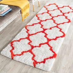 Safavieh Handmade Barcelona Shag White/ Rust Trellis Polyester Rug (2'3 x 7') (BSG319E-27), Size 2' x 7'