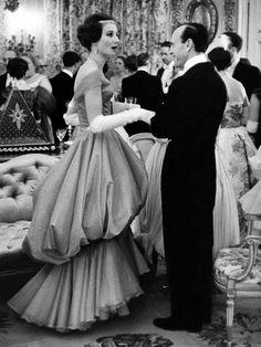 Jacqueline de Ribes and Charles de Besteigui by Robert Doisneau, 1957.