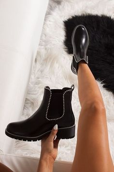 ALEX Black Stud Chelsea BootsYou are in the right place about women boots square toe Here we offer you the most beautiful pictures about the women boots spring you are looking for. When you examine the ALEX Black Stud Chelsea Boots part of the pict Vegan Winter Boots, Winter Shoes, Winter Fashion Boots, Womens Fashion, Spring Fashion, Boots For Short Women, Short Boots, Dream Shoes, Crazy Shoes