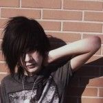 nice emo hair for boy
