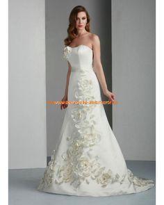 Maßgeschneiderte Brautkleider günstig aus Satin mit Schleppe mit Applikation