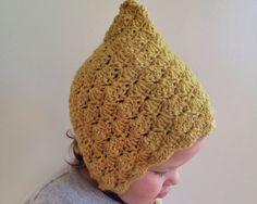 From lovely Mel @ loved handmade: blossom bonnet..free pattern