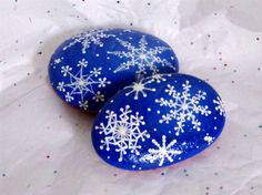 2 Snow Flake Rocks These Snow Flakes Sparkle Hand Painted on Rock | eBay