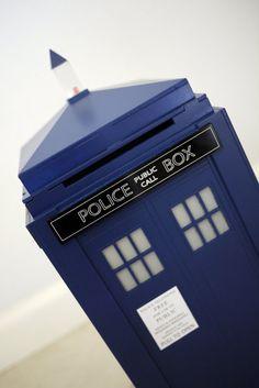 Dr. Who TARDIS Wedding Photo Box / Card by InnerGeekOuterBeauty