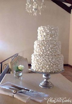 Beautiful Cake Pictures: Elegant Hand Made Sugar Pearls Wedding Cake - Cakes with Pearls, Elegant Cakes, Wedding Cakes, White Cakes -