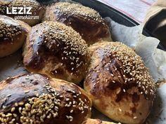 Yumuşacık Pastane Poğaçası Bagel, Bread, Food, Meal, Essen, Hoods, Breads, Meals, Sandwich Loaf