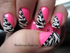 Some cute zebra nails!maybe I'll do these nails before I go into the hospital to have my daughter Pink Zebra Nails, Zebra Nail Art, Hot Pink Nails, Fancy Nails, Trendy Nails, Leopard Nails, Nail Bling, Pink Bling, Pink Leopard