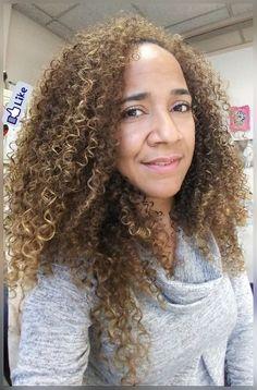 BIRACIAL CURLS #curlsonfleek #curlygirlsrock #curlswilluniteus #mixedchicks #curls4daze #deepconditionerkindofday #naturallycurly #onelove #time2makeanotheryoutubevid