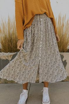 Long Skirt Fashion, Long Skirt Outfits, Modest Fashion, Fashion Outfits, Apostolic Fashion, Women's Fashion, Slow Fashion, Casual Fall Outfits, Flannel Outfits