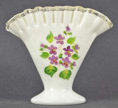 shopgoodwill.com - #23261113 - White Ruffled Glass Fan Shaped Vase Violet Flower - 8/6/2015 5:00:00 PM