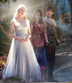 Ramanudu's daughter, Lucy and Edmund in The Chronicles of Narnia: The Voyage of the Dawn Treader