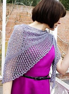 Free knitting pattern for Glitz at the Ritz Shawl for one skein of sock yarn