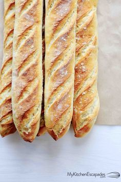 This homemade french bread recipe is the best! Comes together quickly and turns out perfect every time! Homemade french bread is the best! Each baguette is crunchy on the outside with a soft, chewy texture on the inside. Easy French Bread Recipe, Homemade French Bread, French Recipes, Authentic French Baguette Recipe, Homemade Baguette Recipe, Best Bread Recipe, French Loaf, Baguette, Gourmet