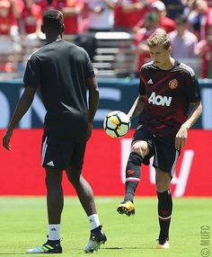 Paul Pogba and Victor Lindelof, Manchester United