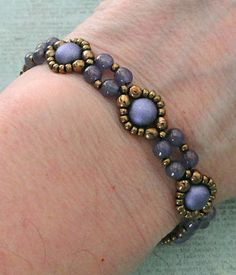Linda's Crafty Inspirations: Bracelet of the Day: Bubble Band - Milky…