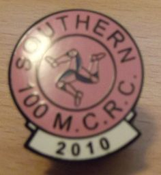 ISLE OF MAN TT RACES /SOUTHERN 100 BADGE 2010