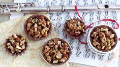 Crostatine di frutta secca con frolla alle castagne