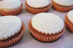 Ivory lace effect wedding cupcakes