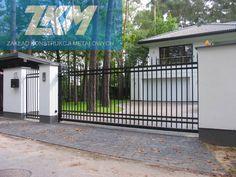 Brama wjazdowa i ogrodzenie stalowe wykonane z profili zamkniętych