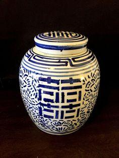 6 Chinese Blue /& White Porcelain Boy /& Girl Chopstick Rests Pillow Shape