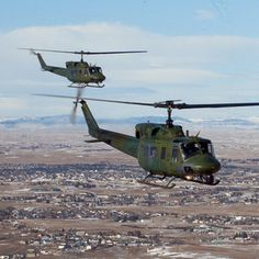 No surprise here: Sikorsky will propose a derivative of its Black Hawk helicopter for the Air Force's Huey replacement program.