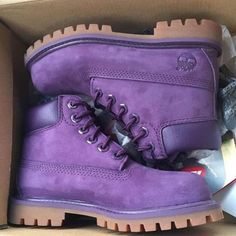 Outfits Mode für Frauen 2019 - Timberland boots for men and women shoes waterproof Martin boots lovers Purple Purple Timberland Boots, Timberland Waterproof Boots, Timberland Outfits, Timberland Boots Women, Timberlands Women, Clarks Boots, Men Boots, Yellow Boots, Mens Boots Fashion
