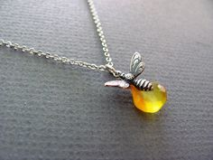 Busy Bee Necklace in Silver yellow chalcedony от ACutieChick