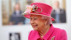 5 reasons why Queen Elizabeth II is just like us #PrinceGeorge...: 5 reasons why Queen Elizabeth II is just… #PrinceGeorge #QueenElizabeth