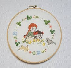 Embroidery Hoop Art, Crewel Embroidery, Cross Stitch Embroidery, Embroidery Patterns, Crochet Designs, Craft Gifts, Needlework, Crafts, Characters