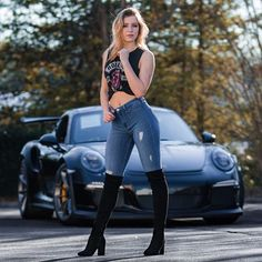 You photoshop, I'm photogenic Porsche Models, Porsche Cars, Sexy Jeans, Skinny Jeans, Steam Girl, Vintage Porsche, Look Girl, Sweet Cars, Car Girls