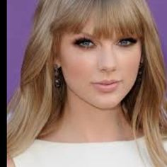 Taylor Swift. Smokey Eye. ACM. <3