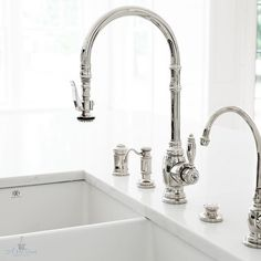 How awesome is this faucet and sink combination? artisansignaturehomes. #kitchentapware