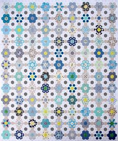 B is for Blues ~ A Hexagon Quilt Patchwork Quilt, Hexagon Patchwork, Hexagon Quilt, Patchwork Patterns, Quilt Patterns, Herringbone Quilt, Blues, Quilt Binding, Vintage Sewing Machines