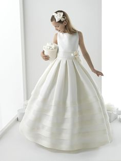 Cheap Flower Girl Dresses, Buy Directly from China Suppliers:Pageant Ball Gowns For Girls Flower Girl Dress Holy First Communion Dresses For Weddings Vestidos De Primera Comunion Gowns For Girls, Girls Dresses, Moda Formal, Cute Flower Girl Dresses, Flower Girls, Holy Communion Dresses, Bridesmaid Dresses, Wedding Dresses, Dress First