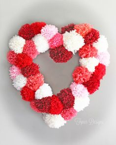 Pom pom heart wreath tutorial and a cup cake liner tutorial Valentine Day Wreaths, Valentines Day Decorations, Valentine Day Crafts, Holiday Crafts, Holiday Decor, Printable Valentine, Homemade Valentines, Valentine Box, Valentine Ideas