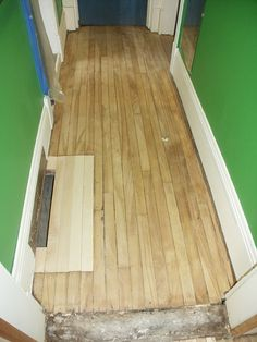 Reclaimed wood flooring is popular in MN for an old, oxidized look, but it can be tricky to work with. Pete's can teach you how to patch & install with it. Hardwood Floor Repair, Repair Floors, Engineered Hardwood Flooring, Hardwood Floors, Reclaimed Kitchen, Reclaimed Wood Floors, Chalet Interior, Buy Wood, Home Repair